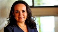 Executiva demitida aciona Justiça contra obediência do Santander ao PT