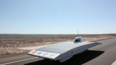 Rali ecológico: corrida no deserto promove energia solar