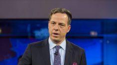 CNN demite produtor de Jake Tapper por suposto comportamento inadequado