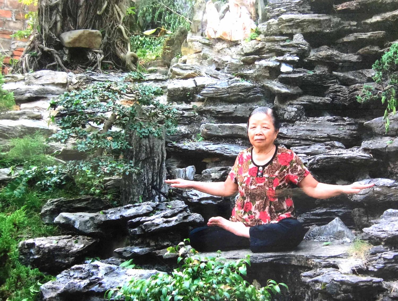 Van praticando o quinto exercício do Falun Dafa (DKN.tv)