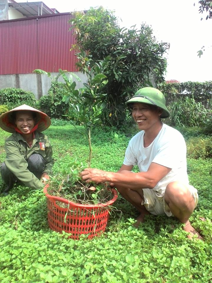 A família de Nguyen Huu Chinh está muito feliz (DKN.tv)