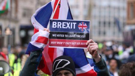 UE se prepara para adiar Brexit até julho, diz jornal britânico