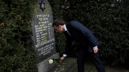 Vândalos profanam 90 túmulos judaicos no leste da França antes das marchas antissemitas