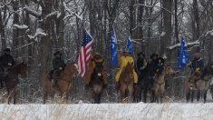 """""""Cowboys For Trump"""" cavalgam para Washington em apoio ao presidente e à segurança nas fronteiras"""