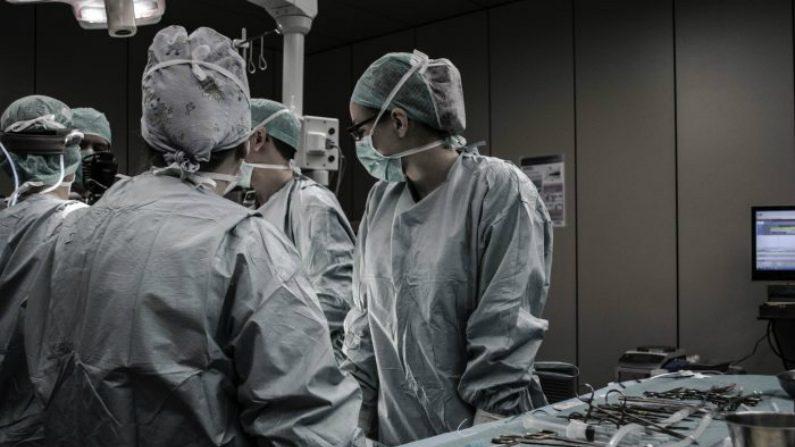 De quem são os corações, fígados e pulmões usados para transplantes na China?
