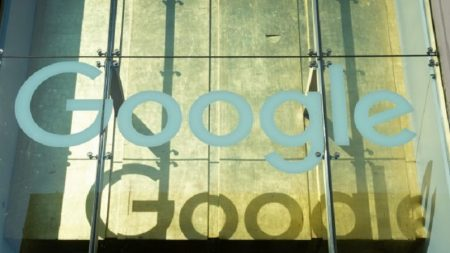Google responde às acusações de Trump sobre ajuda às forças armadas chinesas