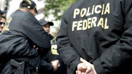 Bolsonaro confirma convocação de mil policiais federais