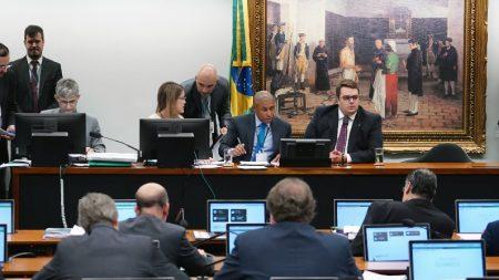 CCJ retomará na terça-feira análise da reforma da Previdência