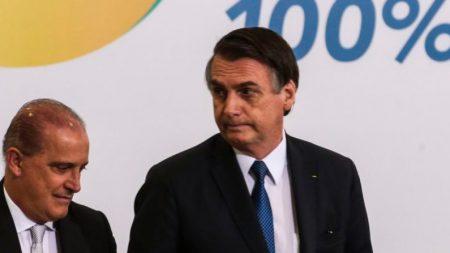 """Bolsonaro """"não quer intervir"""" no preço do diesel, diz porta-voz"""