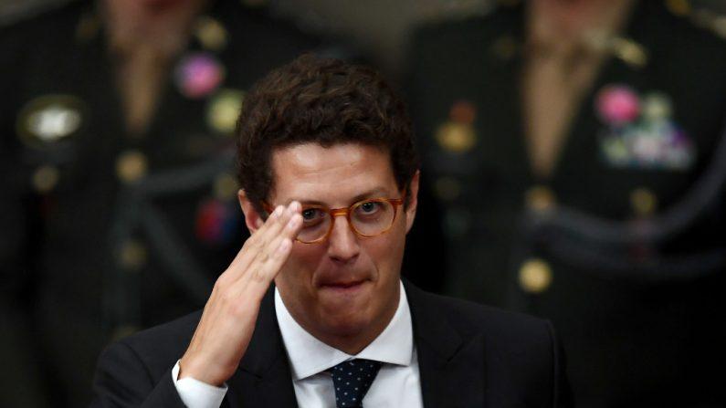 "Ricardo Salles fecha torneira que abastecia ""ONGs"" e indústria das palestras"