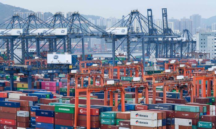 Após aumento das tarifas dos EUA empresas de Hong Kong e Taiwan planejam retirar produção da China