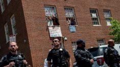 USA retiram ativistas e Venezuela recupera sua embaixada em Washington