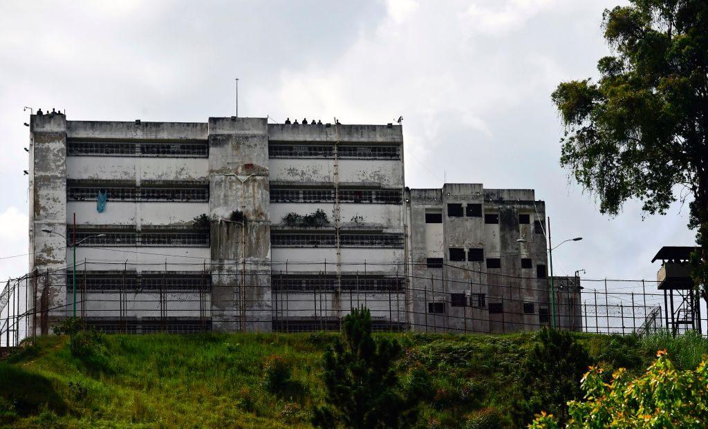 Vista da Penitenciária Ramo Verde em Los Teques, a 30 km ao leste de Caracas (RONALDO SCHEMIDT / AFP / Getty Images)