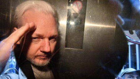 Jornalismo ou espionagem? Por que Assange é ao mesmo tempo um perigo e um herói