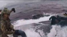 """Vídeo dramático revela Guarda Costeira dos EUA apreendendo """"narco submarino"""" com US$ 232 milhões em cocaína"""