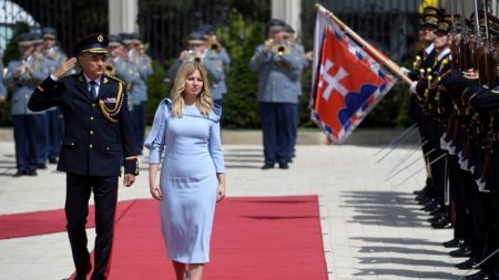 Nova presidente da Eslováquia critica direitos humanos de Pequim