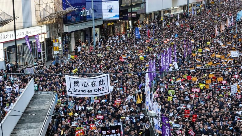Hongkongers apreciam cobertura dos protestos contra lei de extradição pelo Epoch Times