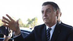 Não é desarmando o povo que você evita ataques como dos EUA, defende Bolsonaro