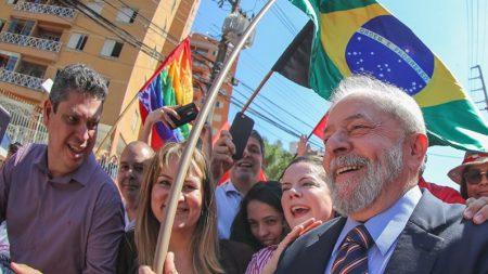 STF decide manter Lula preso em Curitiba (Vídeo)