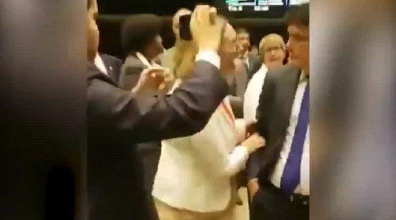 Conselho de Ética instaura processo contra petista Maria do Rosário (Vídeo)