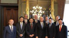 Mike Pence se encontra com representantes de grupos religiosos perseguidos na China