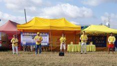 Polônia: estande do Falun Gong é sucesso no maior festival de rock da Europa (Fotos)