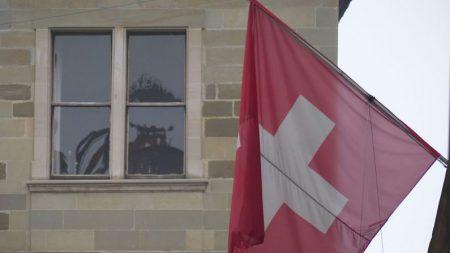 Suíça aumenta sanções contra regime de Nicolás Maduro