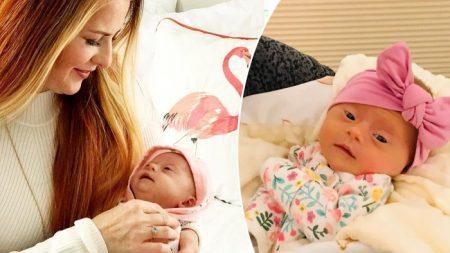 Mamãe de primeira viagem publica 'pedido' criativo que resultou em uma linda bebê com síndrome de Down