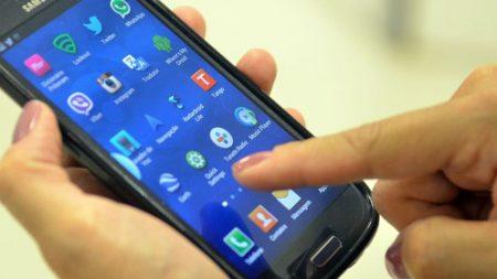 Acesso à internet é exclusivo no celular para 59% no Brasil