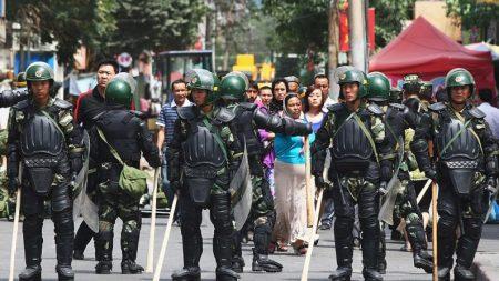 China não poupa recompensas para cidadãos espiões que denunciam crentes religiosos