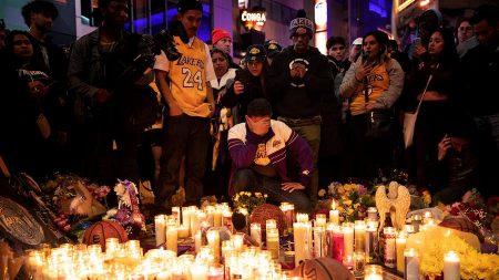 Trump e Obama prestam condolências por morte de Kobe Bryant
