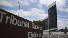 TSE apresenta notícia-crime ao STF contra Bolsonaro