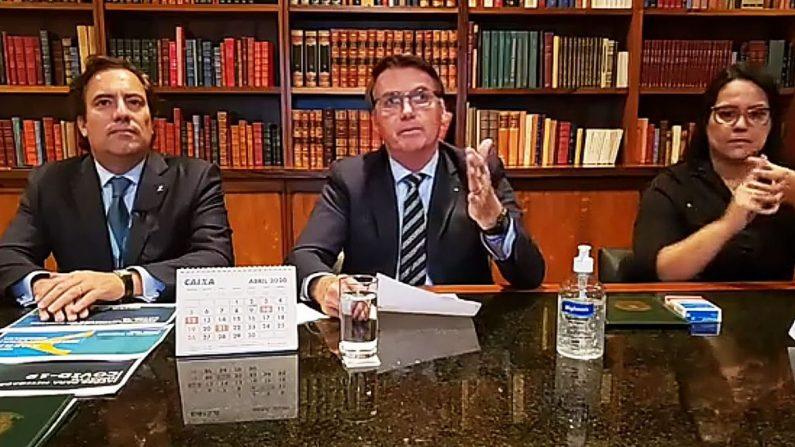 Bolsonaro diz que mostrará provas da possível fraude eleitoral na live