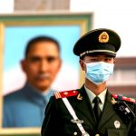 Cresce demanda global por justiça e resposta de Pequim diante da pandemia
