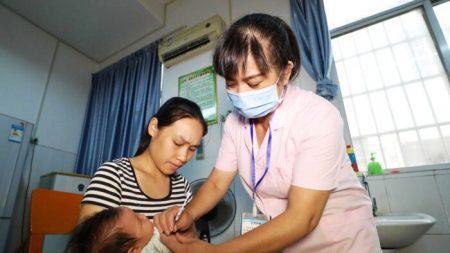 Médica levanta preocupação com ensaios humanos canadenses da vacina contra vírus desenvolvida em parceria com militares chineses