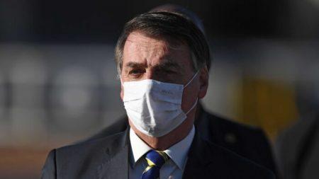 Bolsonaro condena ataque a jornalista e diz que violência é 'inaceitável'