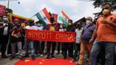 Índia bloqueia 43 aplicativos, entre eles o do chinês Alibaba