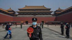 China critica jornalistas enquanto surto de vírus do PCC reaparece em Pequim
