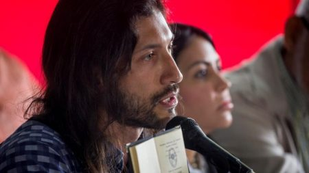 Deputados venezuelanos presos são vítimas de tortura