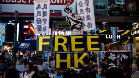 Regime chinês impede políticos pró-democracia de Hong Kong de se elegerem