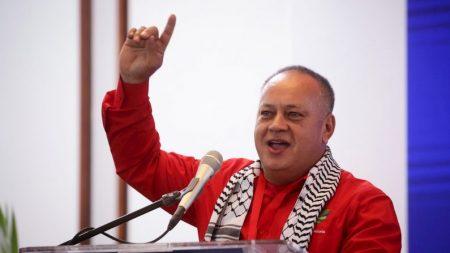 Diosdado Cabello pode estar conectado a respirador devido à COVID-19
