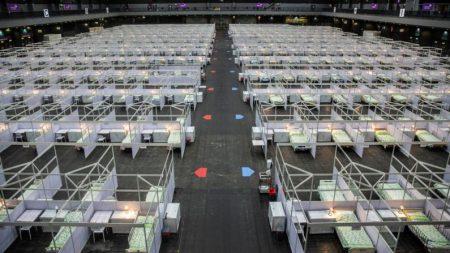 China inicia testes massivos de COVID-19 em Hong Kong, aumentando o medo da vigilância do DNA