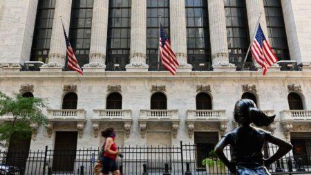 Empresas chinesas saem da NYSE e Nasdaq em meio à crescente pressão dos EUA