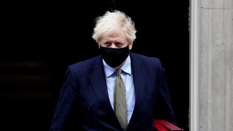 Johnson admite que Reino Unido caminha para Brexit sem acordo