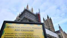 Cristãos britânicos celebram no subterrâneo por restrições do lockdown