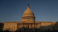 Democratas e 10 republicanos votam pelo segundo impeachment contra Trump
