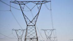 Bolsonaro sanciona lei que reduz efeitos da pandemia no setor elétrico