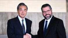 Renúncia de Ernesto Araújo ocorre em meio a movimentações globais de Pequim