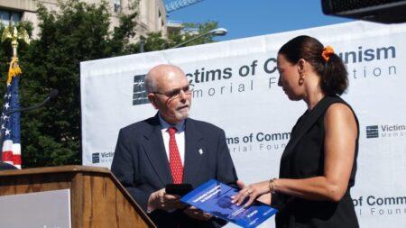 Relembrando as vítimas do comunismo – por eles e por nós