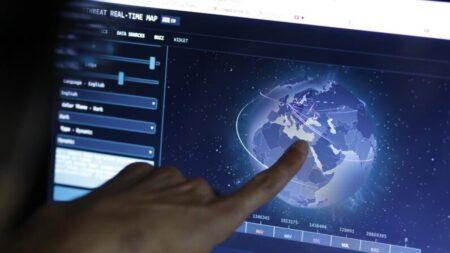 Pequim propicia ataques cibernéticos a entidades vulneráveis: oficiais de inteligência australianos